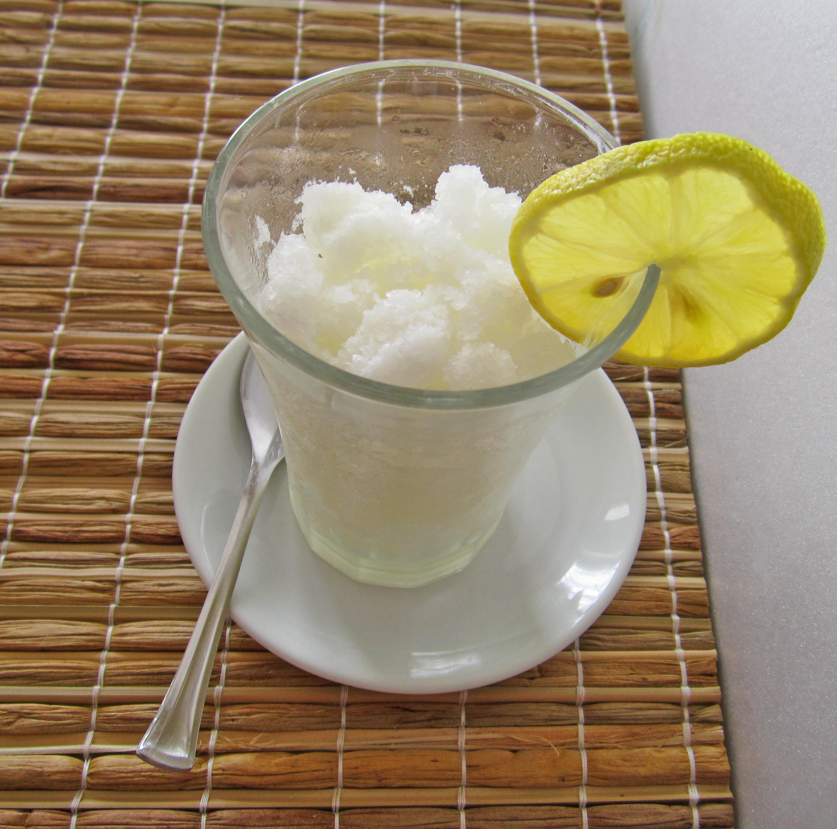 Sorbetto con succo di limone