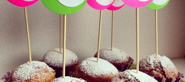 Muffin allo yogurt con tags fai da te