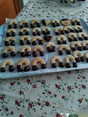 Biscotti di frolla Bimby con glassa al cioccolato - Ricette Bimby