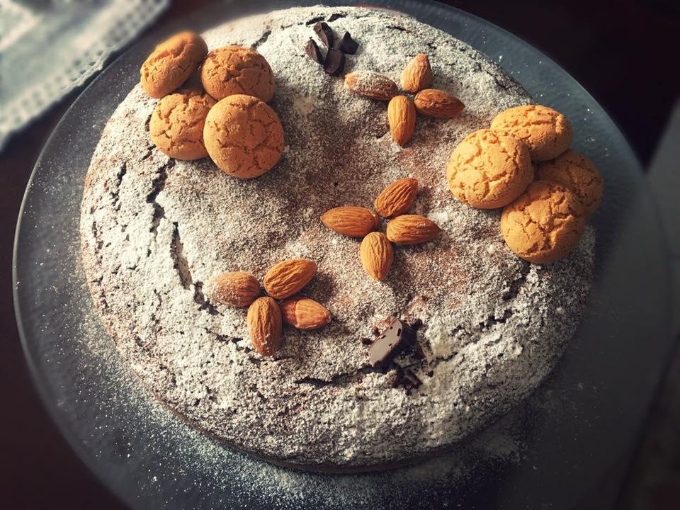 Torta cioccolato, amaretti e mandorle Bimby